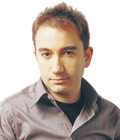 Mustafa Akyol ist ein politischer Kommentator und Autor. Er lebt und arbeitet in Istanbul. Im Juli erscheint von ihm: &quot;Islam without Extremes: A Muslim Case for Liberty&quot;.&#xD;&#xA;Mustafa Akyol nimmt am Freitag im Wiener Radiokulturhaus (19 Uhr) an einer Diskussion zum Thema &quot;European Islam and Muslim neighbours  Fears and &#xD;&#xA;Opportunities&quot; teil. Weiters am Panel: Gerald Knaus (Europische Stabilittsinitiative, Moderator), Sibylle Hamann (freie Journalistin, Autorin), Michael Thumann (Die ZEIT-Koresondent, tbc) und Zeynep Goknil Sanal (&quot;Capital City Women's Platform&quot; in Ankara).&#xD;&#xA;&amp;nbsp;&#xD;&#xA;Die Diskussion wird von der Erste Stiftung und der European Stability Initiative organisiert und findet in englischer Sprache statt.