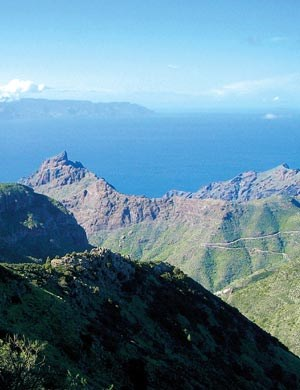 Das Teno-Gebirge zwischen Buenaviste del Norte und Santiago del Teide geh&amp;ouml;rt zu den abwechslungsreichsten Wanderrevieren um Los Silos. &#xD;&#xA;