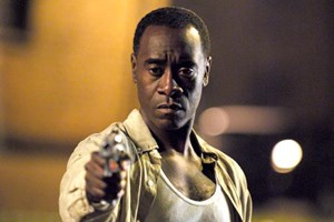 "Amtsmüder Undercover-Cop: Don Cheadle in ""Brooklyn's Finest"""