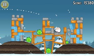 Angry Birds Seasons steht unter Android zum kostenlosen Download.