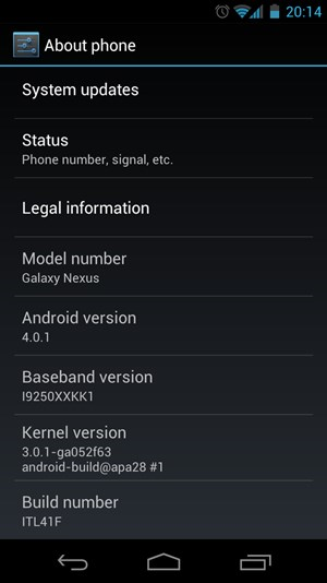 Der About-Screen des Galaxy Nexus offenbart unter anderem, dass die aktuelle Version auf einem Linux Kernel 3.0.1 basiert.