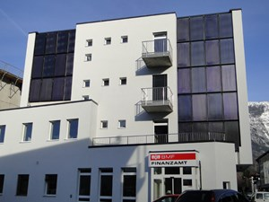 Das im &quot;Innovationspark Wlasak&quot; neu errichtete Finanzamt Schwaz/Kufstein wurde am Donnerstag offiziell erffnet. Mit diesem Objekt wurde bundesweit erstmals das ...