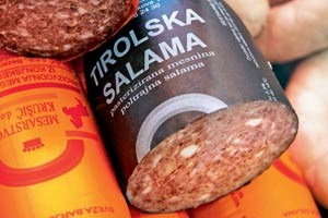 Unerhrt: &quot;Tiroler Salami&quot; in einer Fleischerei - aus Pferdefleisch! 
