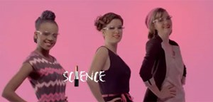 "Den Spot ""Science: It's a girl thing"" gibt es noch auf Youtube."