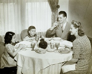 Die Kleinfamilienidylle im Design der 1950er Jahre ist im Wesentlichen gegessen.