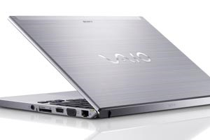 Das T-13-Ultrabook hat nun ein Touchdisplay.