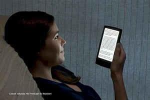 Der &quot;Cybook Odyssey HD Frontlight&quot; soll sich mit dem Kindle Paperwhite und Co. messen.