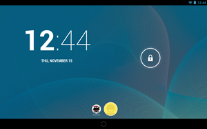 Der Lock Screen von Android 4.2 prsentiert sich nur grafisch leicht berarbeitet, hier kann jetzt auch zwischen mehreren NutzerInnen gewechselt werden.
