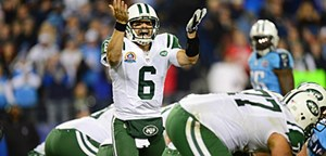 Kann hier irgendwer mal einen Quarterback holen? Mark Sanchez schreit sich bei den Jets die Seele aus dem Leib. Fr 50 Millionen Dollar wrden manche sogar noch Football spielen.