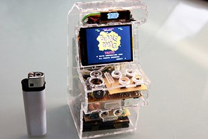 "Die ""Micro Arcade Machine""."
