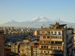 Zum Greifen nah, aber doch unerreichbar: Ähnlich wie der Ararat ist auch die EU für Armenien dahin.