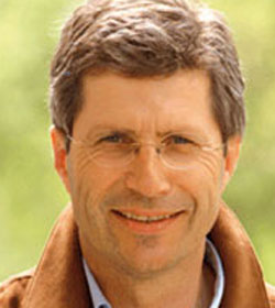 Manfred Kölly, ehemaliger FPÖ-Politiker, will für Fritz Dinkhauser im Burgenland Unterschriften sammeln.