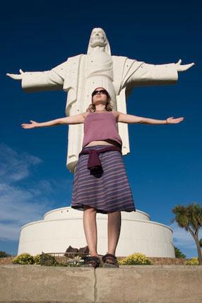In Cochabamba. Dessen Wahrzeichen: Eine 40 Meter hohe Jesusstatue.