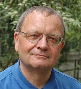 Der Bundesnachrichtendienst hat Anfang 2011 die Unabhängige Historikerkommission (UHK) einberufen, um die Geschichte des BND aufzuarbeiten. Jost Dülffer ist Mitglied der UHK und emeritierter Professor für Neuere Geschichte an der Universität zu Köln.