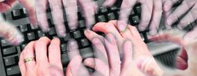 """An jenseitige Kräfte zu appellieren, kann sich sparen, wer gut bei Kasse ist: Ghostwriter, bequem buchbar via Internet, erstellen Abhandlungen, """"während Sie sich anderen Aufgaben widmen""""."""