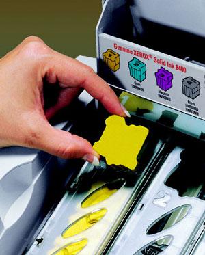 Der Druckerhersteller Xerox setzt auf Druck-Briketts namens Solid Ink Technologie