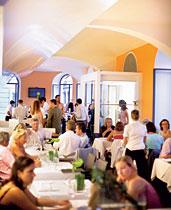 """Das """"Ella's"""" am Wiener Judenplatz ist ein schickes Restaurant ..."""