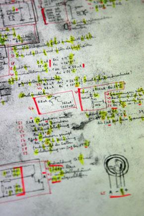 Ein von Franz Fuchs entworfener Originalbauplan einer Bombe. Vom selbstfabrizierten Sprengstoff fand die Polizei hingegen keine Spur. Wurde das hochbrisante Material von einem Komplizen geliefert?