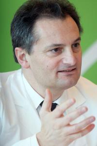"""Richard Greil ist Vorstand der Inneren Medizin III/Onkologie der Salzburger Universitätsklinik: """"Patienten - 1301876254411"""