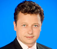 Ernst Gelegs (52) baute ab 2000 das Büro Budapest auf, das heute unter seiner Leitung als Osteuropabüro des ORF dient. Als ORF-Korrespondent berichtete er davor aus London und aus Krisengebieten wie dem Irak, Syrien oder Nordirland.