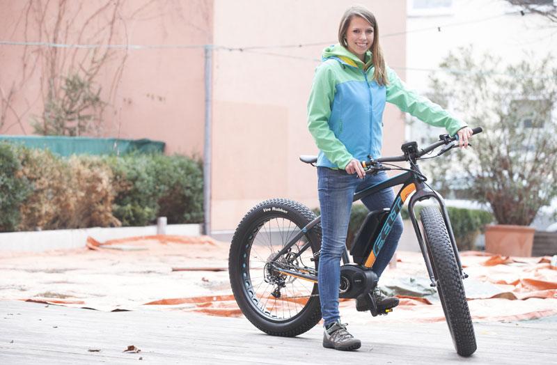 fatbike die breiten reifen rollen weiter fahrrad. Black Bedroom Furniture Sets. Home Design Ideas