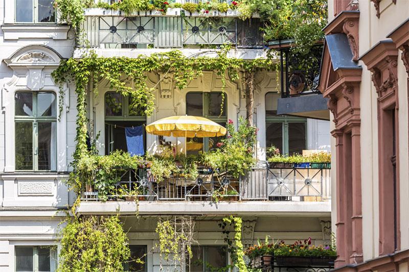 begehrte freifl chen haben sie einen balkon bauen. Black Bedroom Furniture Sets. Home Design Ideas