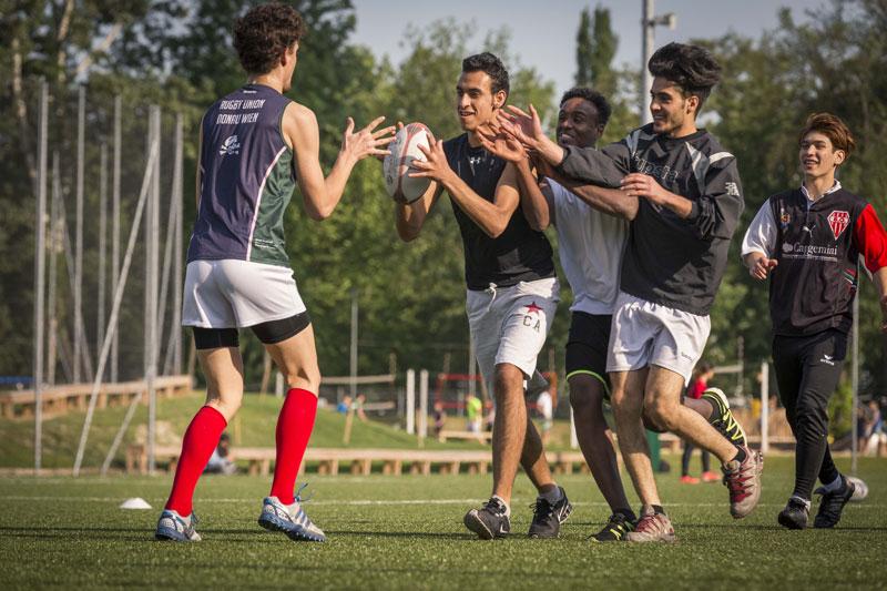 Rugby oscar f r sterreichisches fl chtlingsprojekt for Interieur sport rugby
