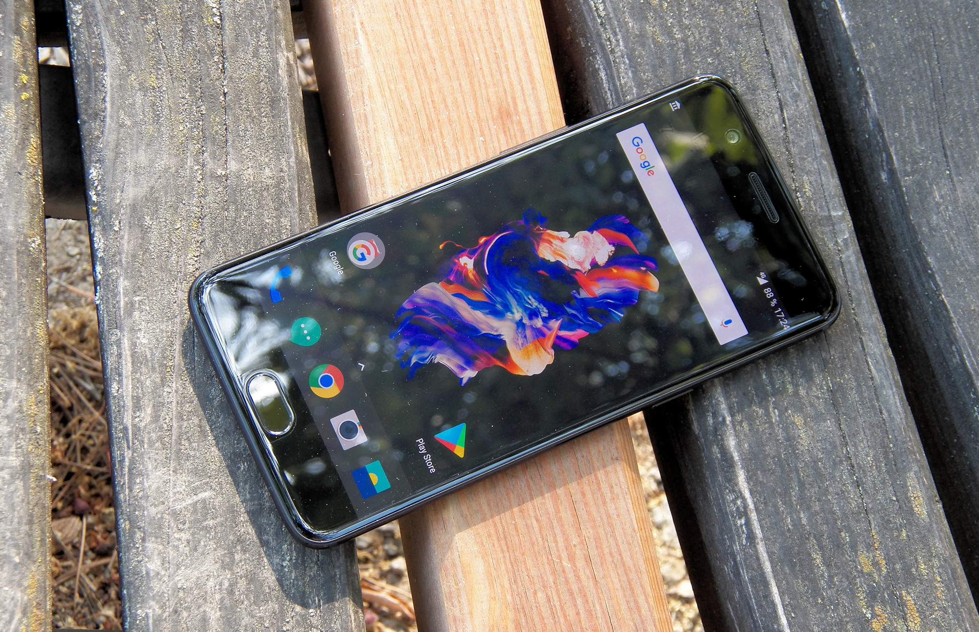 smartphones-one-plus-5-im-test-starkes-android-flaggschiff-im-iphone-gewand