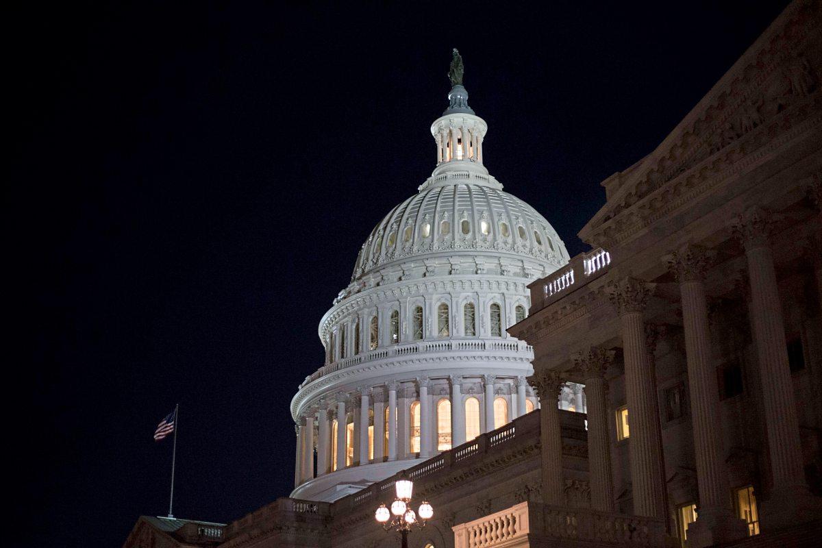 Geschenk für Reiche: Trump bringt Reform durch Senat