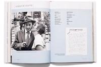 aufschlagseite aus der biografie über jean seberg. foto: lukas friesenbichler