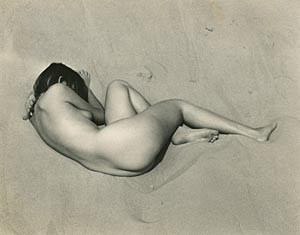 Edward Weston, Nude on Sand, 1936.