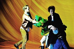 """Radical Wrong"": Tanztheater der wilden Jugend."