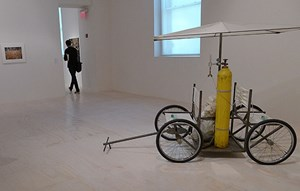 "Gordon Matta-Clarks ""Fresh Air Cart"" (1972)."