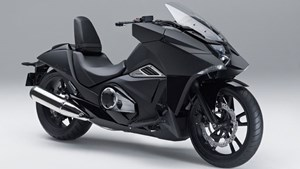 Honda NM4 Vultus oder Batman trifft Manga-Comic.