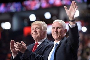 Donald Trump und Mike Pence im Wahlkampf