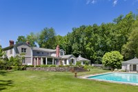 foto: houlihan lawrence / top ten real estate deals