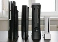 Größenvergleich: PS3, neue PS3, Xbox 360 Elite, Wii