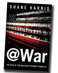 "Harris' neues Buch ""@War - The Rise of the Military-Internet-Complex"" wurde etwa von der Washington Post hochgelobt. Über eine Übersetzung ins Deutsche wird noch verhandelt."