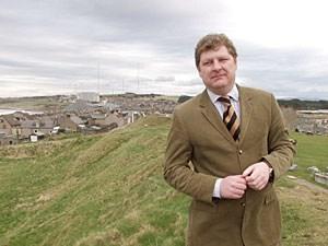 """Angus Robertson, der Wahlkampfleiter der Scottish National Party: """"Ich bin sicher, dass in der schottischen Gesellschaft die Zuversicht wächst und wir die Unabhängigkeit in einer Volksabstimmung binnen Jahren, nicht Jahrzehnten erreichen können."""""""
