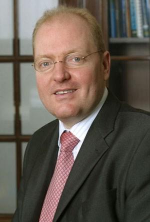Helmut Bernkopf wird das Firmenkundengeschäft ... - 1216945540682