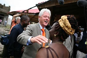 Einer der prominenten Gäste: Bill Clinton vertritt in Mexico City die Clinton Foundation.