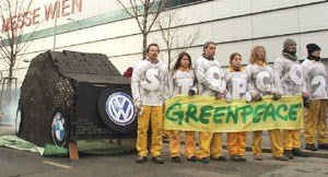 Greenpeace-Aktion vor der Wiener Messe