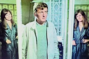 """Das Leben, eine Zeitreise durch Erinnerungen, Labyrinthe und Spiegelbilder: Claude Rich in Alain Resnais' """"Je t'aime, je t'aime"""" aus dem Jahr 1968."""