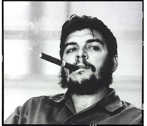 "René Burri: ""Che Guevara mit seiner Zigarre"", Havanna 1963 © René Burri / Magnum Photos"