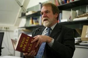 Henry Hogger: Es ist nirgends eine Unvereinbarkeit von Islam und Demokratie abzulesen.