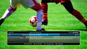 Anm: Die Screenshots sind beispielhaft. Im Test zeigte PlayTV serwohl den korrekten Sendernamen an.