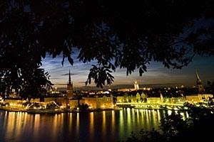 """Die Perspektive auf Stockholm als erste """"Grüne Hauptstadt Europas""""kommt hier aus dem einzigen innerstädtischen Nationalpark weltweit."""