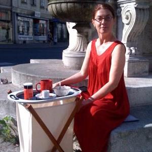 """Frühstück auf Margaretens """"Dorfplatz"""": Mollay."""