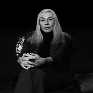 ZUR PERSON: Claudia von Werlhof (66) ist Professorin fürFrauenforschung an der Uni Innsbruck. Sie gilt als Mitbegründerin derFrauenforschung in der BRD und zusammen mit Maria Mies und VeronikaBennholdt-Thomsen als Begründerin des Ökofeminismus.