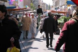 Der Brunnenmarkt als Schlagwort für multikulturelles Miteinander und Vorzeigegrätzl für Integration.